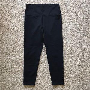 Black aerie legging